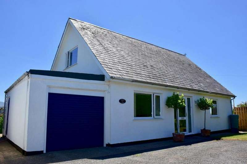 3 Bedrooms Detached House for sale in Llais y Lli, Llandanwg, LL46 2SB