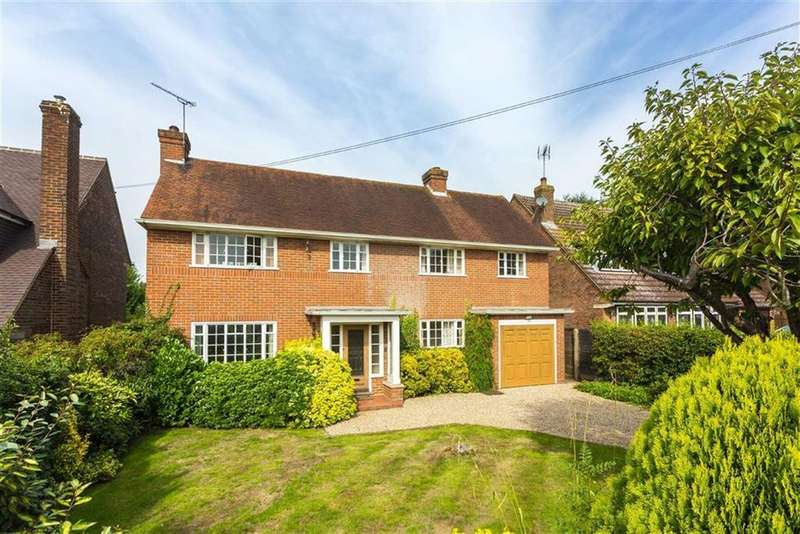 4 Bedrooms House for sale in Mount Grace Road, Potters Bar, Hertfordshire