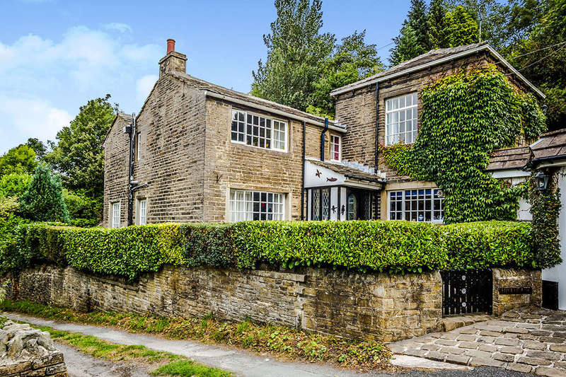 3 Bedrooms Detached House for sale in Hive House, Luddenden, HALIFAX, HX2