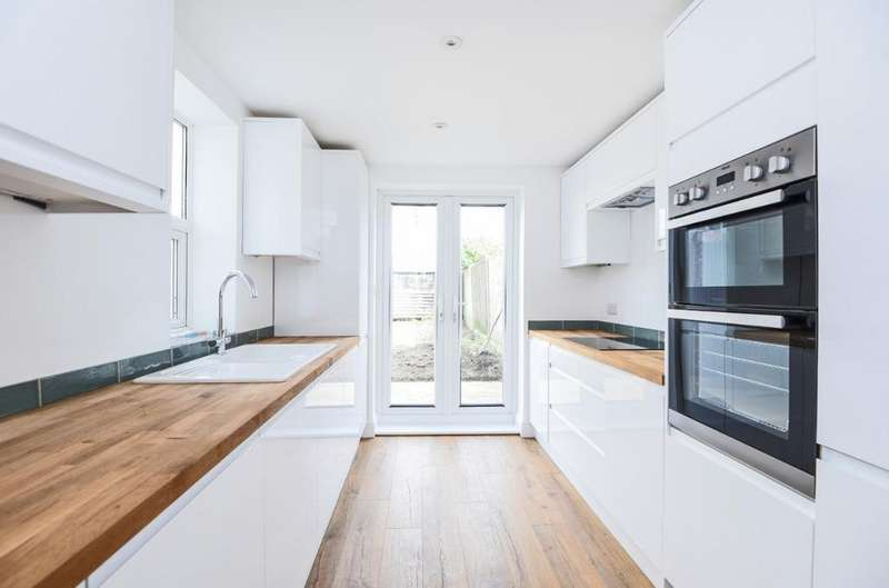 4 Bedrooms Terraced House for sale in Norway Street, Portslade, East Sussex, BN41