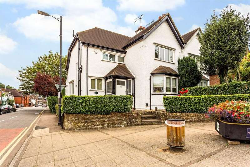 3 Bedrooms Semi Detached House for sale in Shire Lane, Chorleywood, Rickmansworth, Hertfordshire, WD3