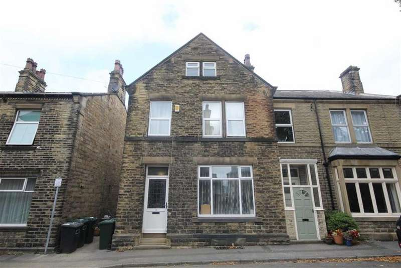 3 Bedrooms Semi Detached House for sale in King Street, Mirfield, West Yorkshire
