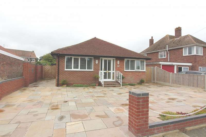 3 Bedrooms Detached Bungalow for sale in Victoria Road, Gorleston, NR31