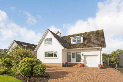 3 Bedrooms Detached House for sale in Earls Way, Ayr