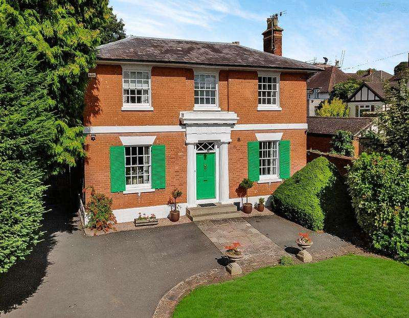 4 Bedrooms Unique Property for sale in AYLESTONE HILL