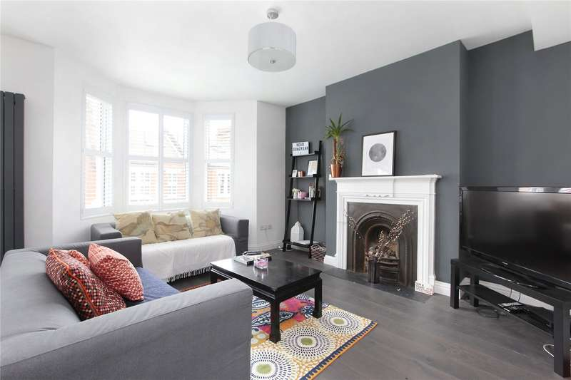 3 Bedrooms Flat for sale in Airedale Road, Balham, London, SW12