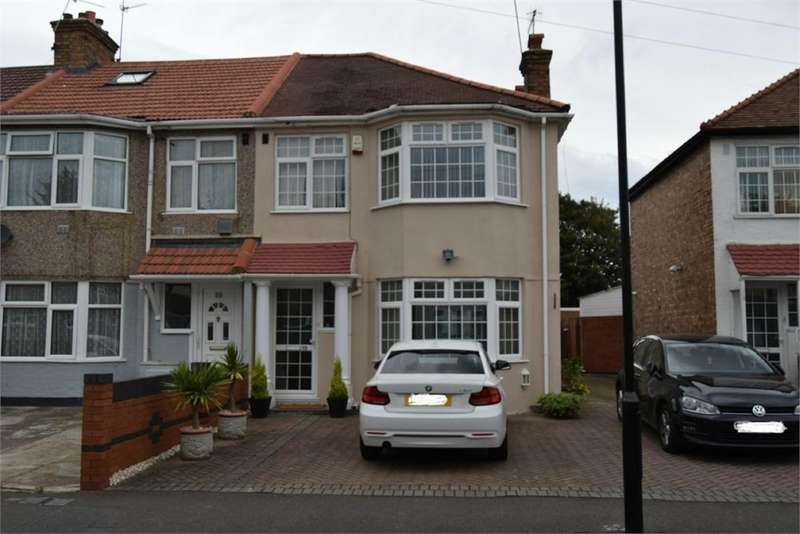 3 Bedrooms Semi Detached House for sale in Clifford Road, Hounslow, Greater London