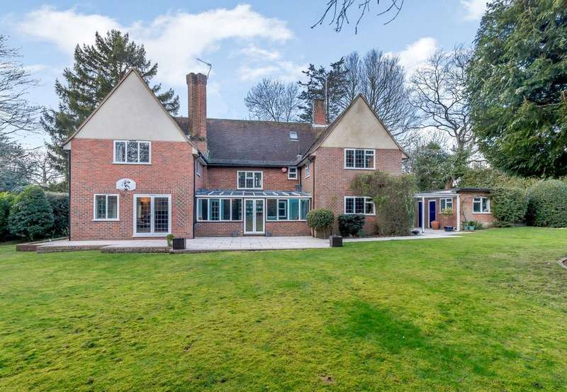 5 Bedrooms Detached House for sale in The Green, Croxley Green, Rickmansworth, Hertfordshire, WD3