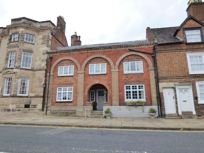 2 Bedrooms Town House for sale in Church Street, Ashbourne