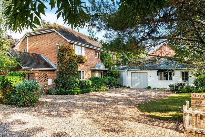 5 Bedrooms Detached House for sale in Lower Woodford, Salisbury, SP4