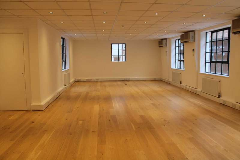 Commercial Property for rent in Greenhill`s Rents, Clerkenwell, EC1M