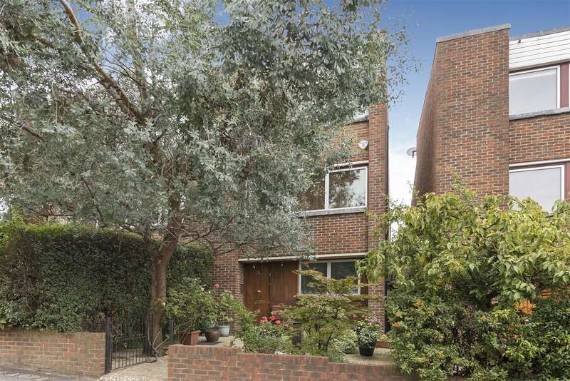 4 Bedrooms House for sale in Arkwright Road, Hampstead NW3