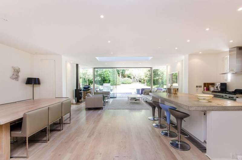5 Bedrooms Detached House for rent in Wimbledon Park Road, Wimbledon, SW19