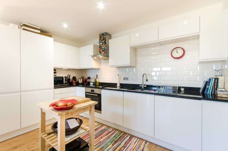 1 Bedroom Flat for rent in Milner Road, South Wimbledon, SW19