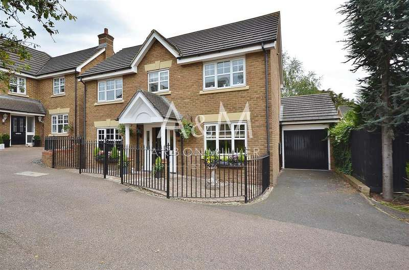 4 Bedrooms Detached House for sale in Acle Close, Oakwood Gate