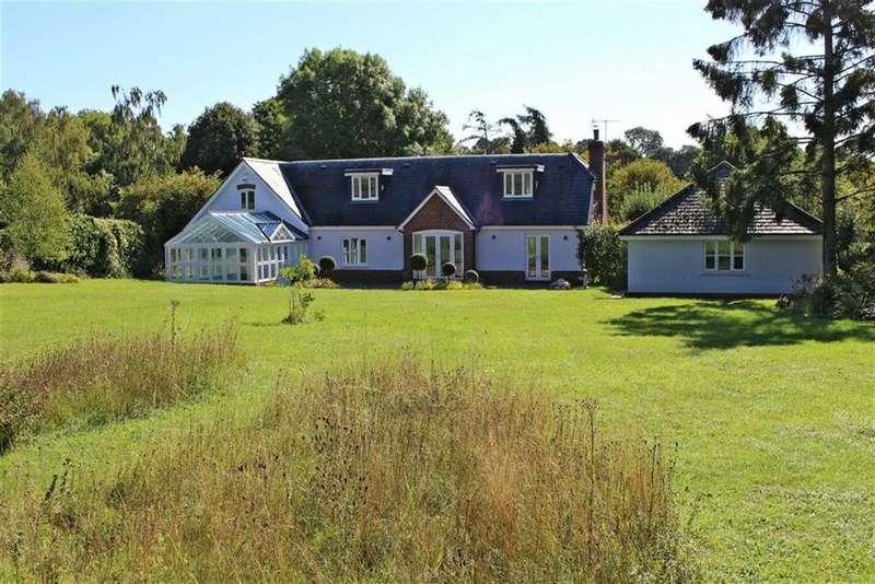 5 Bedrooms Detached House for sale in Reynards Road, Welwyn, Welwyn
