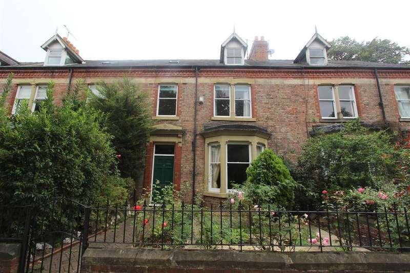 6 Bedrooms Town House for sale in Grange Road, Darlington