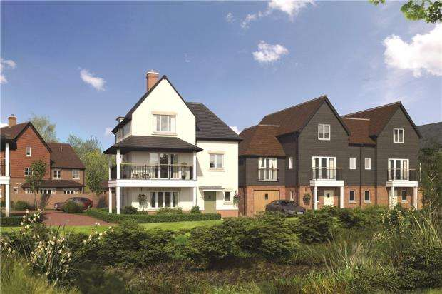 5 Bedrooms Semi Detached House for sale in Woodhurst Park, Warfield, Berkshire