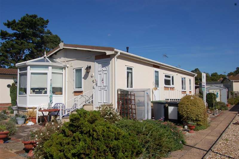 2 Bedrooms Park Home Mobile Home for sale in Westgate Park, Sleaford