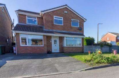 4 Bedrooms Detached House for sale in Hey Lock Close, Newton-Le-Willows, Merseyside