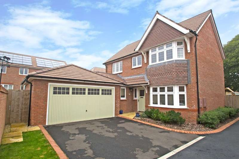 4 Bedrooms Detached House for sale in Hillcrest, Plymouth