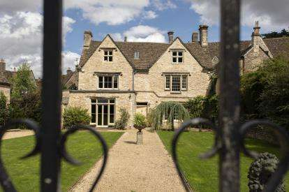 6 Bedrooms House for sale in Long Street, Tetbury