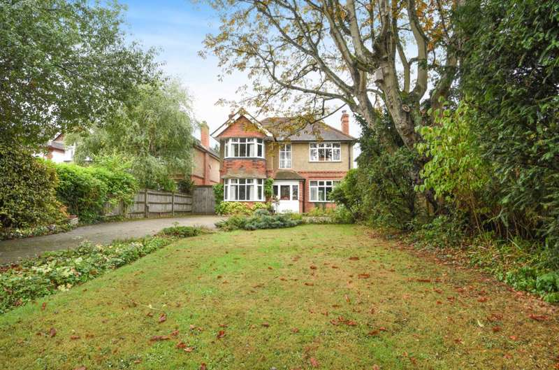 3 Bedrooms Detached House for sale in Wokingham Road, Earley, Reading