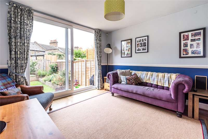 2 Bedrooms Flat for sale in Fawnbrake Avenue, London, SE24