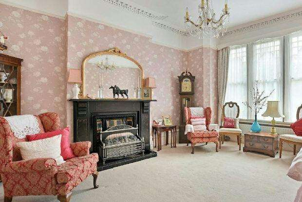 5 Bedrooms Terraced House for sale in WHITEHALL PARK Whitehall Park conservation area N19 3TL