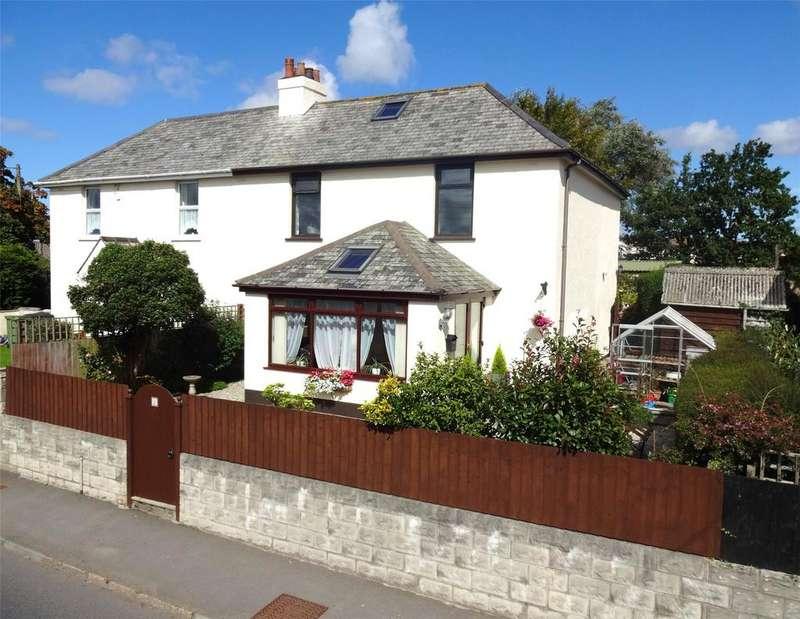 4 Bedrooms Semi Detached House for sale in Hatchmoor Road, Torrington