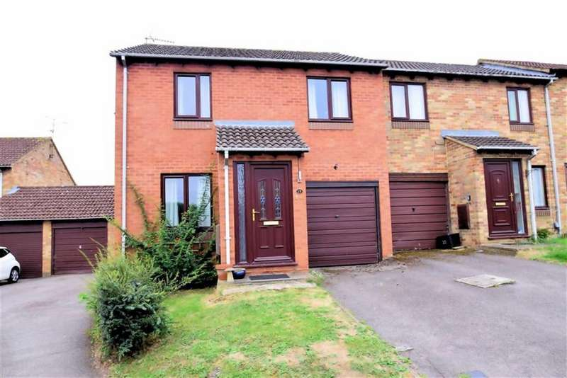 3 Bedrooms Town House for sale in Gosforth Close, Lower Earley, Reading