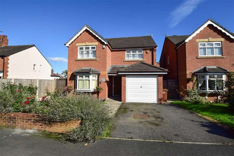 4 Bedrooms Detached House for sale in Sutton Lane