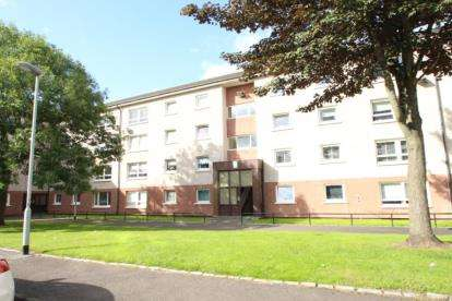3 Bedrooms Flat for sale in Ferryden Court, Whiteinch, Glasgow