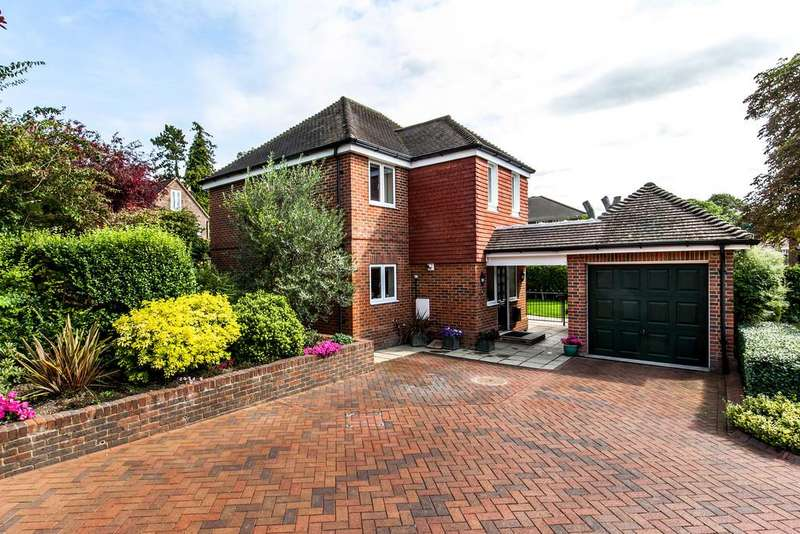 4 Bedrooms Detached House for sale in Airlie Road, St. Cross, Winchester, SO22