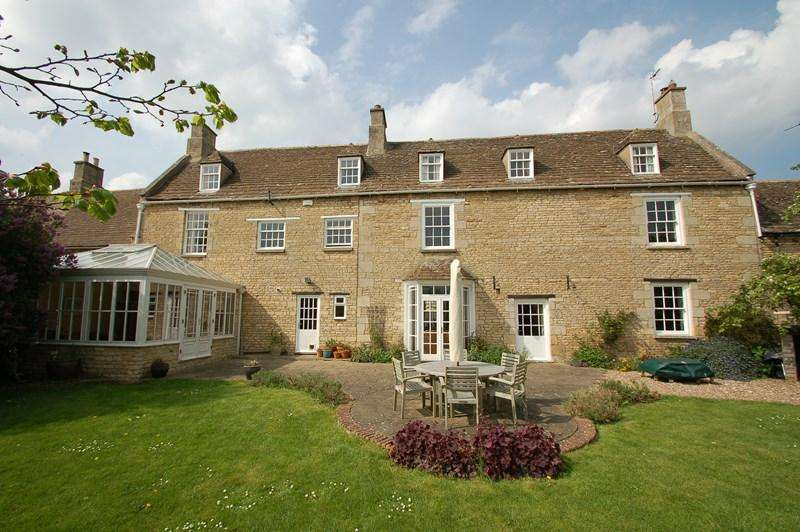 5 Bedrooms Farm House Character Property for sale in King's Cliffe, PE8