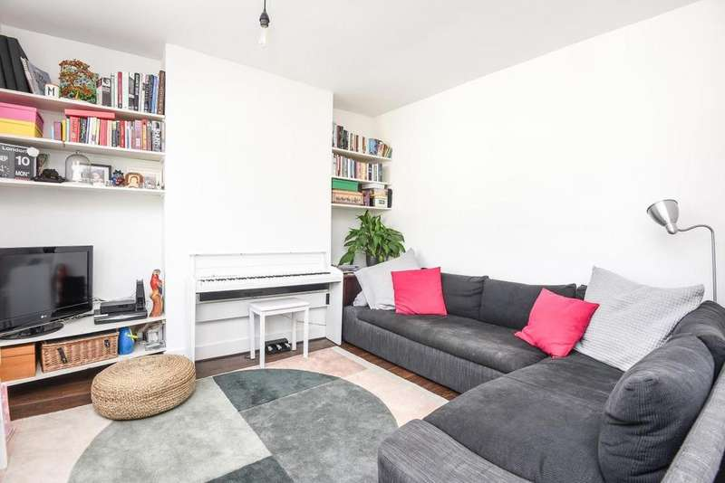 3 Bedrooms Flat for sale in Fairlight Road, Tooting