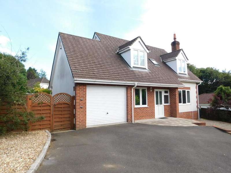 3 Bedrooms Detached House for sale in Charmouth Road, Axminster