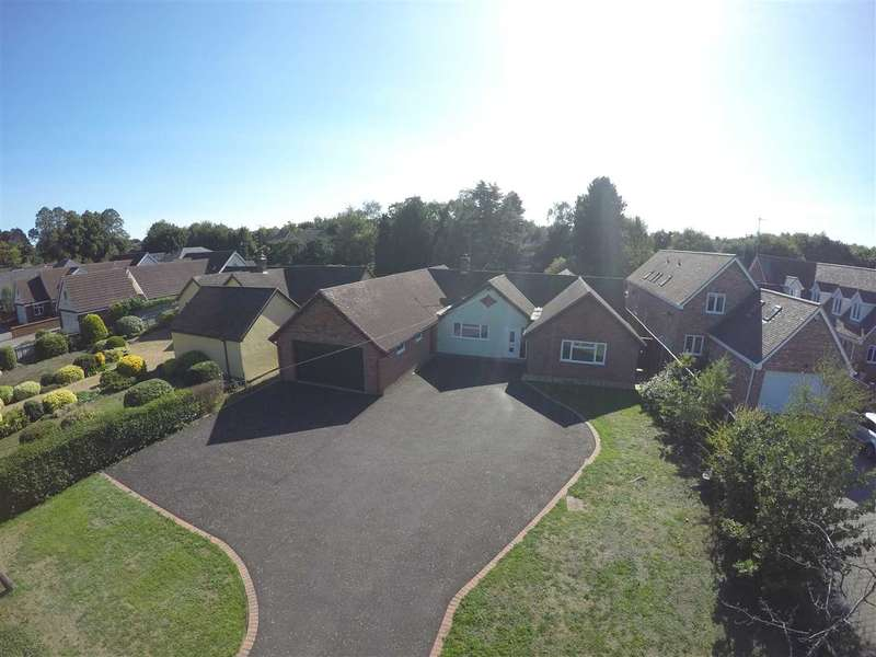 4 Bedrooms Detached Bungalow for sale in Bucklesham Road, Ipswich