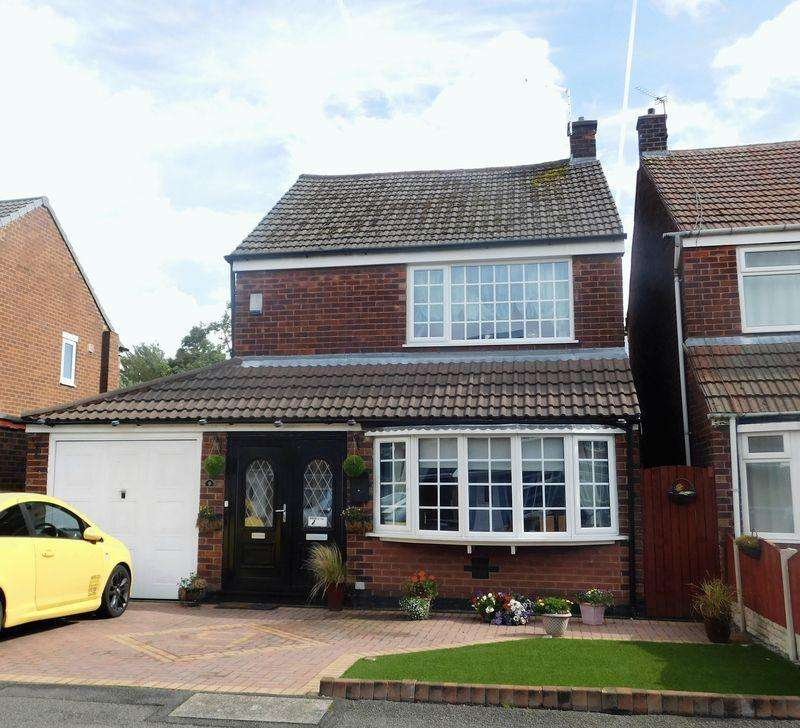 4 Bedrooms Detached House for sale in Birch Avenue, Manchester