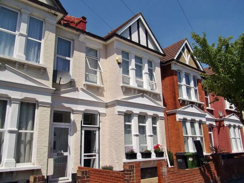 3 Bedrooms Terraced House for sale in Huntly Road, South Norwood