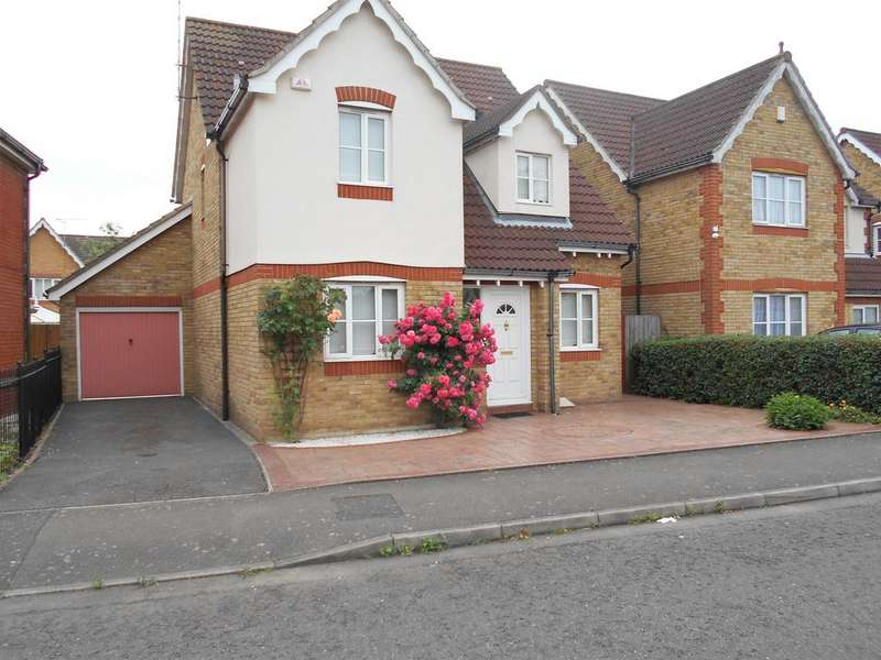 4 Bedrooms Detached House for sale in Campion Close, Rush Green, Romford RM7