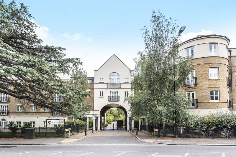 2 Bedrooms Apartment Flat for sale in Blackburn Court, Brixton, SW2