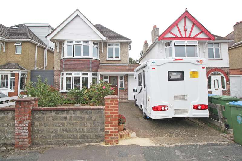 3 Bedrooms Detached House for sale in Archery Grove, Woolston, Southampton, SO19 9EU