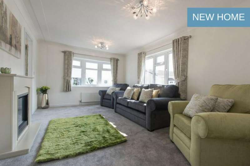 1 Bedroom Park Home Mobile Home for sale in Neilston, Glasgow