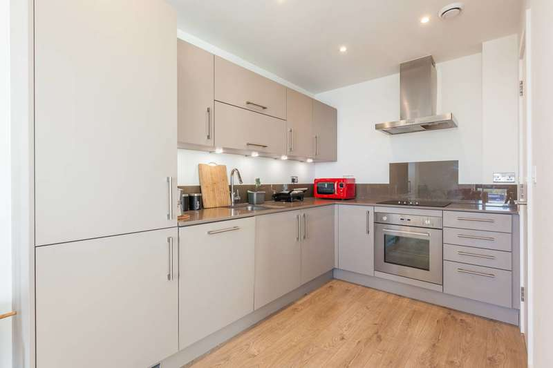 2 Bedrooms Maisonette Flat for sale in Rotherhithe New Road, Bermondsey, SE16