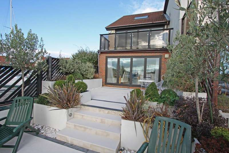 4 Bedrooms Town House for sale in Coverack Way, Port Solent