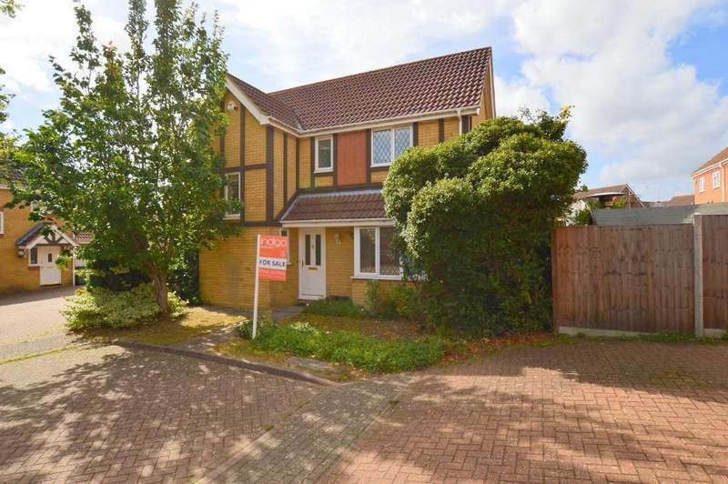 4 Bedrooms Detached House for sale in Thyme Close, Bushmead, Luton, LU2 7GG