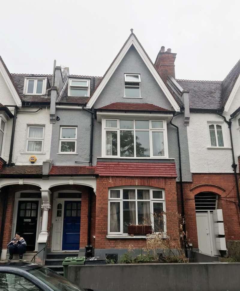 1 Bedroom Studio Flat for sale in Broxholm Road, West Norwood, London, SE27 0LZ