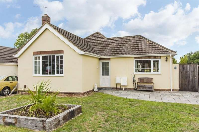 3 Bedrooms Detached Bungalow for sale in Wide Lane, Swaythling, SOUTHAMPTON, Hampshire