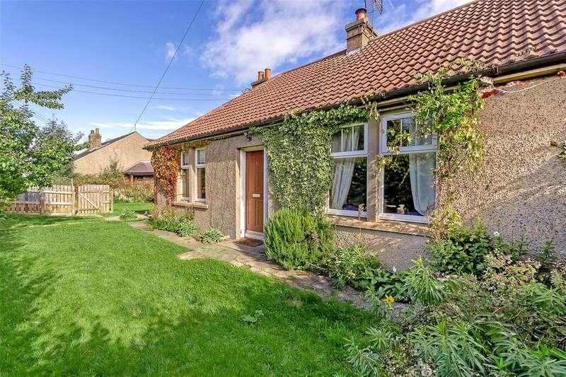 2 Bedrooms Semi Detached Bungalow for sale in 1 Blinkbonny Farm Cottage, Newburgh, Cupar, KY14